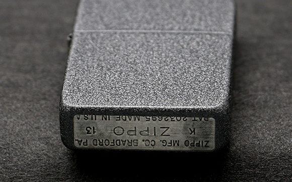 zippo-black-crackle-5